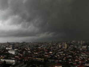 chuva-ceu3-g-20120117